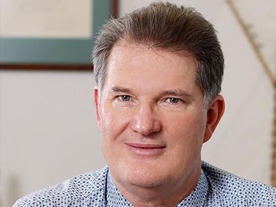 Dr Michael Freeman