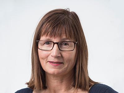 Dr Michelle Leech